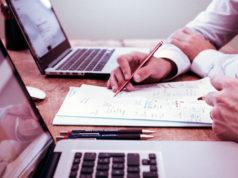 Veja nesta matéria algumas dicas sobre empreendedorismo na Internet que podem ajudar você na hora de montar ou expandir seu negócio online. São dicas simples e claras que podem ajudar a alavancar seu negócio no ambiente online.