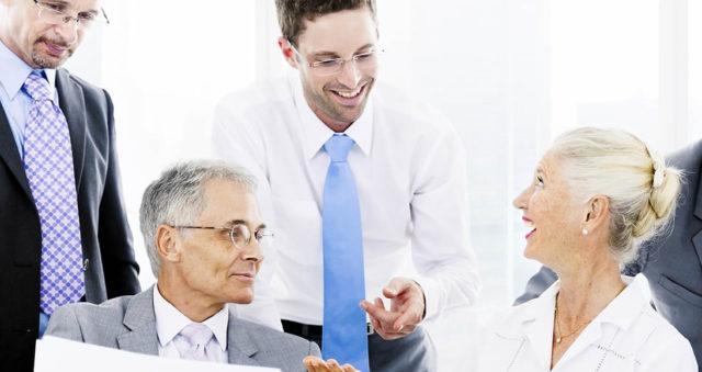 Veja nesta matéria uma discussão sobre o desafio de manter um negócio familiar, uma questão que tira o sono tanto dos fundadores da empresa quanto de seus sucessores, e pode ser fundamental para a sobrevivência do negócio.